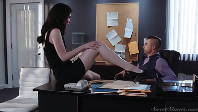 Sex-starved secretary Evelyn Claire spreads legs in front for the brush young boss